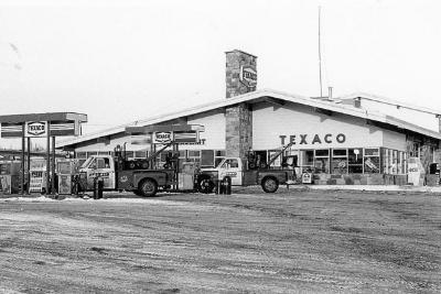 3-Way Service, Texaco, 1708 Alaska Avenue, Dawson Creek, December 1972
