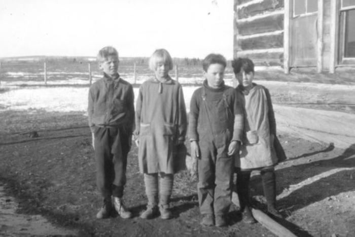 Dawson Creek School  1928