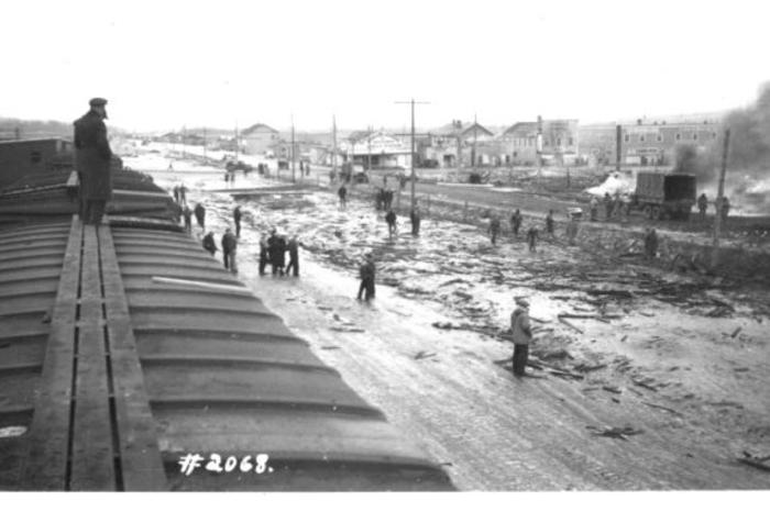 NAR Yards Fire and Explosion Dawson Creek, BC February 13, 1943