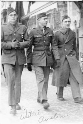 Willie Austin and two unidentified soldiers, Edmonton, Alberta