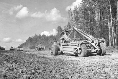 Alaska Highway  Earthmover  1942