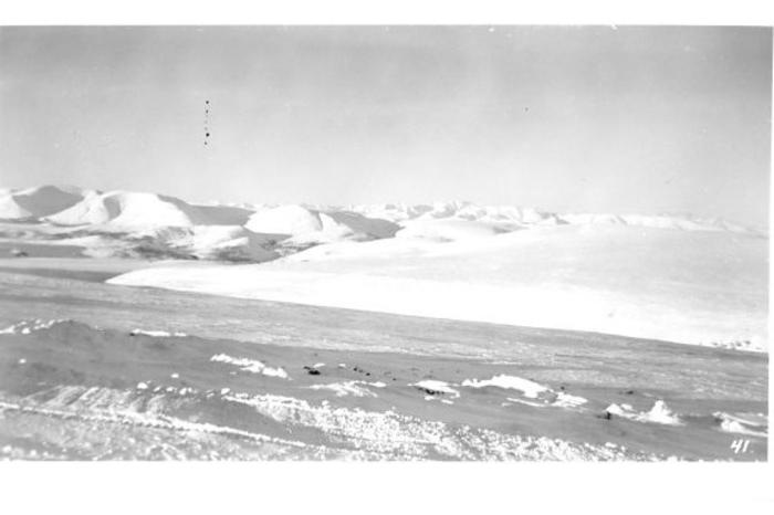 For a stretch of 75 miles this is the Norman Wells Road in Winter. Starts about 110 miles west of Camp Canol and ends at Dodo Canyon, 35 miles from Canol. At times, an elevation of better than 9,000 feet was reached.