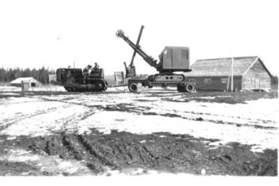 Caterpillar  Tractor with Shovel  Kilkerran Hall 1942-43