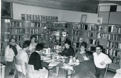 George Peck, Eleanor Doonan, Korky Grant, Sylvia Conner, John Martens, Edith Dimond, Yvonne Elden and Irene McClarty, Chetwynd Library Board, December 1969