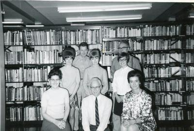 (rear) Frank Neubauer, Lynette Pryke, Gail Scott, Lorna Lungul, Ernie Kreuzer (front) Joan Connelly, Howard Overend and Sylvia Conner, Public Library Commission staff, November 1969