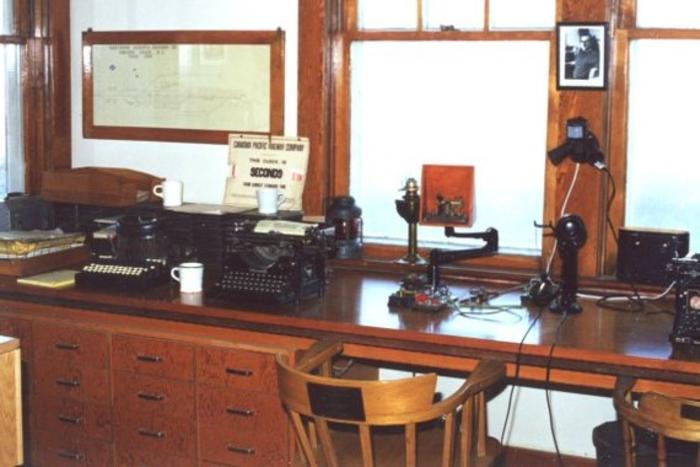 Interior of the Dawson Creek Museum, January 2001