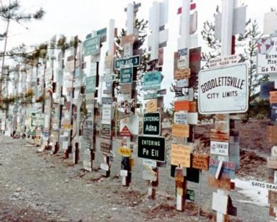 Alaska Highway Trip, Watson Lake sign posts