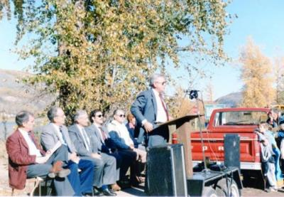 Don Phillips at opening ceremony of commencement of Clayhurst Bridge, September 27, 1985