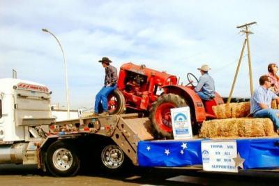 Parade, Dawson Creek and district Hospital Foundation float, Dawson Creek, BC August 2014